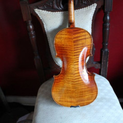 Violin 4/4, bow, case and rosin (unbranded) new., pic 1