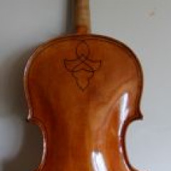 English modern viola: Roderick R. Ward, Cambridge 2009 Stolen in Chile 31/01/13, pic 1